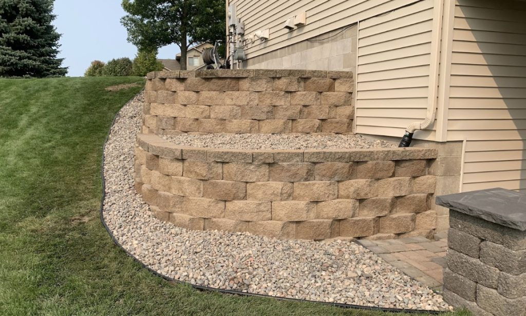 retaining wall in Rogers MN